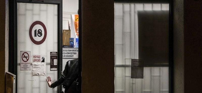 16 éves sorozatrablók kerültek rács mögé