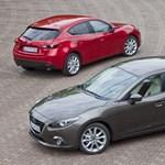 Hivatalos képeken a lépcsőshátú Mazda 3