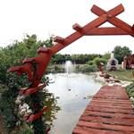 Varázslatos családi kert egy zalai faluban