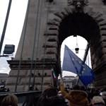 Közlekedés: őrültek háza lesz Budapesten a tüntetések miatt