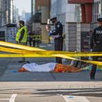 Megrázó fotókon a torontói tömeges gázolás