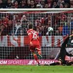Lesöpörte a pályáról a Bayern a Dortmundot