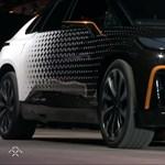 1000+ lóerős, 605 km-es hatótávja van: bemutatták a Tesla nagy riválisát