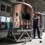 Sikersztori Borsodban: ide jár sörfőzdéért a fél világ, ők meg a dolgozók hiteleit is kifizették