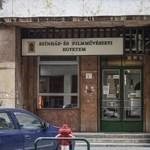 Tiltakoznak a színművészeti egykori hallgatói az egyetemet ért vádak ellen