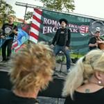 Átfazonírozott szkinhedzenekar is van az NKA-támogatott fesztivál fellépői között