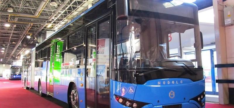 Harminc helyett csak öt buszt kapott meg időben a BKV