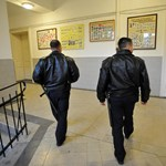 Súlyos testi sértés miatt jelentette fel tanárát egy dombóvári diák
