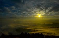Végérvényesen itt az ősz: köd és ónos köd miatt figyelmeztet a rendőrség