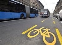 Ideiglenes kerékpársávokat alakítanak ki Budapesten