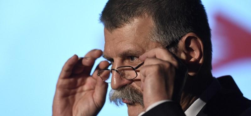Révész: Kövér szerint becstelenek a romániai magyar politikusok