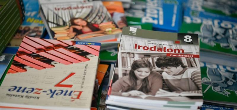 Jogerős a strasbourgi elmarasztalás a tankönypiac monopolizálása miatt