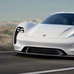 Beszólt a Teslának a Porsche egyik fejese