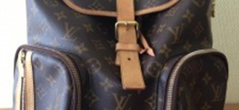 Már 205 ezerért lehet megvenni Rogán hátizsákját
