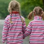 Brit kutatók szerint tovább élhetnek azok, akik gyereket vállalnak