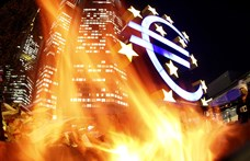 Újabb történelmi mélypont, már 334 forintnál is többe kerül egy euró