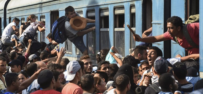 Rendkívüli állapot Macedóniában a menekültek miatt