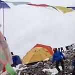 Földrengés: Sokkoló videót küldött egy hegymászó a Mount Everestről