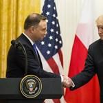 Még több katonát küldhet Lengyelországba Trump