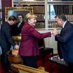 Fotó: Orbán nem akárkinek csókolt kezet Brüsszelben