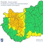 Itt a vihar, másodfokú riasztást adtak ki a Dunántúlra