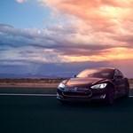 3,2 mp alatt gyorsul 100-ra az új Tesla szuperautó
