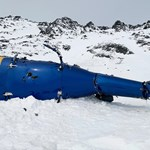 Közzétették a fotókat a cseh milliárdost szállító, lezuhant helikopter roncsairól