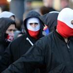 Csúnyán elverték a lengyel szélsőjobbot Varsó utcáin