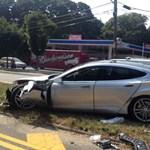 Nincs biztonságosabb autó a Tesla Model S-nél?