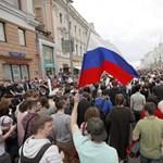 Trumpék az orosz tüntetők szabadon engedését követelik