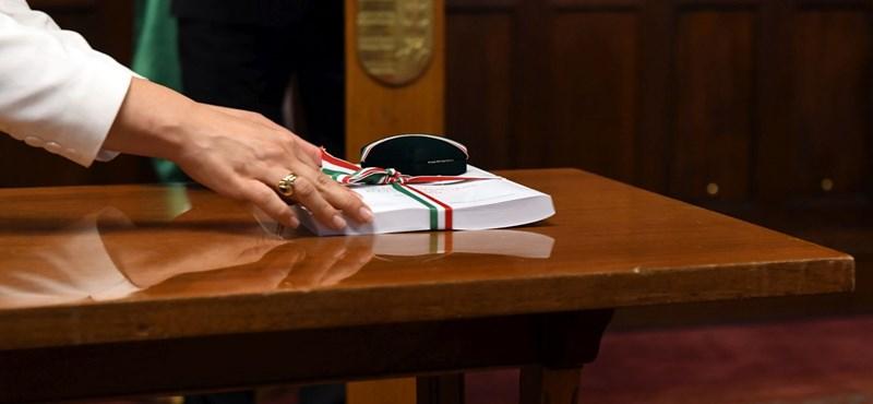 Itt a pofon: 350 milliárdos kiigazítást vár el az EU Magyarországtól