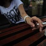 Sok dohányost megbírságoltak a tilalom első napján