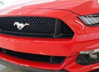 Videón is látható, ahogy egy Ford Mustanggal tetőre borulnak Nyíregyházán