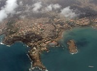 Csak néhány szigetből áll, most mégis a világhatalmi játszmák fókuszába került