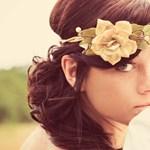 A hét frizurája: féloldalas, romantikus