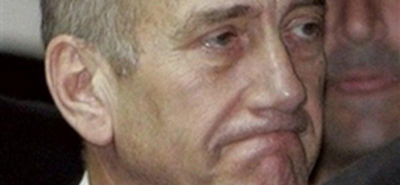 A korrupció miatt ült Olmert volt izraeli miniszterelnök újra otthon