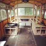 Eladja a világutazó lány a buszlakást, ami jobban néz ki, mint sokunk otthona