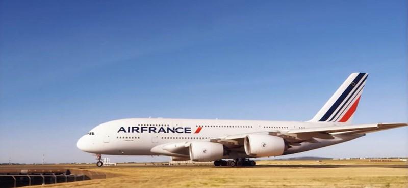 Kiderült, mely légitársaságok trükköznek leginkább a jegyár visszafizetésével