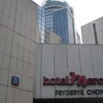 Toronyház lesz a hotel helyén Varsóban