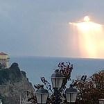 """Különös jelenség: megjelent """"Jézus"""" az olasz égbolton, le is fotózták"""