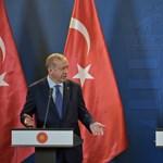 Gyurcsányéknak megtiltották, hogy Erdogan ellen tüntessenek, a török szimpatizánsok viszont nyugodtan gyülekezhettek
