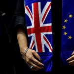 A vakcinaviták a Brexit híveit erősítik az Egyesült Királyságban