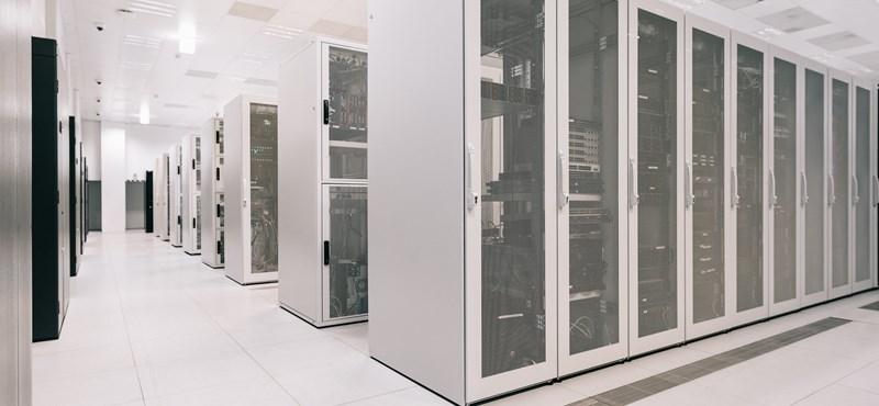 Az Encyclopedia Britannicától a 175 zettabájtig – Így váltották fel a kötelespéldányokat az adatközpontok