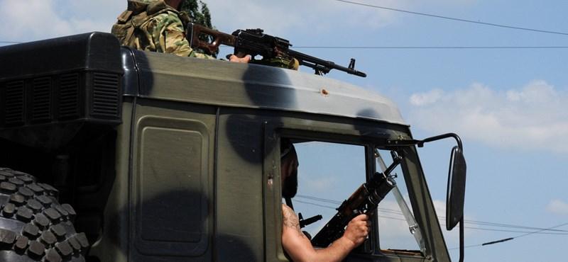 Felcsattant az EU: Moszkva azonnal vonja vissza a katonáit