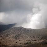 Vulkánkitörés miatt bénult meg fél Európa (videó)