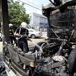 Fotó: Kiégett egy kukásautó az Üllői úton