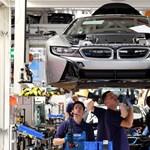 Szijjártó: Elektromos autókat fog gyártani a BMW Debrecenben