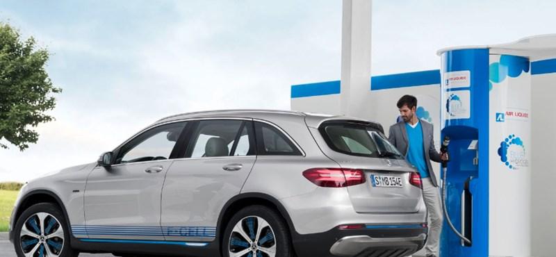 Ilyen még nem volt: piacon a világ első üzemanyagcellás hibrid villanyautója
