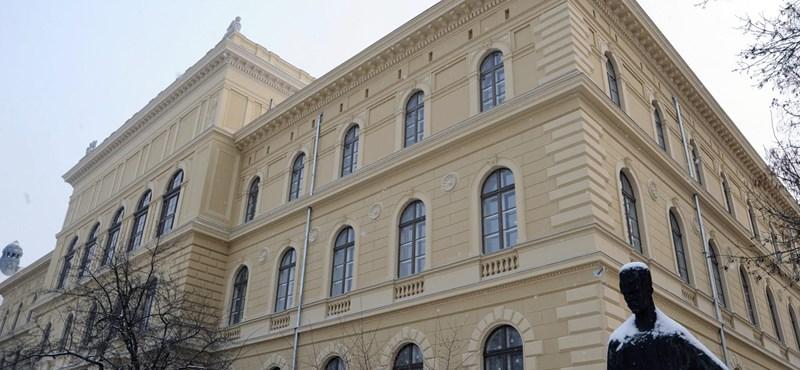 Itt a friss felsőoktatási világrangsor: hat magyar egyetem a legjobbak között