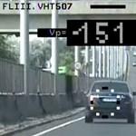 Így magyarázza a rendőrség a civil autók bevetését